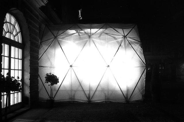 Zelt für Orangerie-Ausstellung, 1983? Foto von Gabi Sehringer Scan 000309 1027