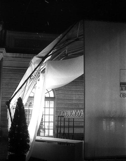 Zelt für Orangerie-Ausstellung 1983? Foto von Gabi Sehringer Scan 000309 1029