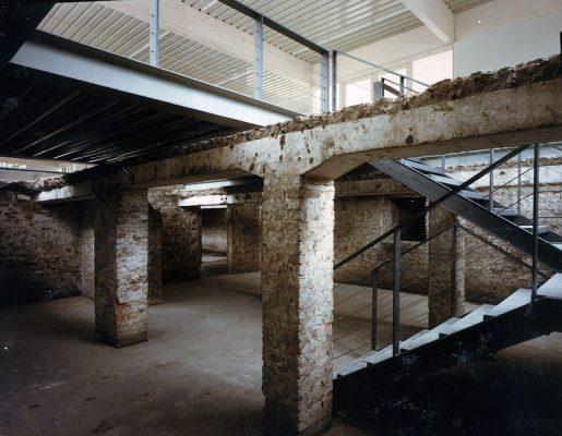 1987-Topo-Kellertreppe-seit