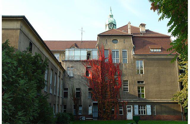 061012-0954-WINTERGARTEN-ZUCKER-MUSEUM-AUSSENANSICHT