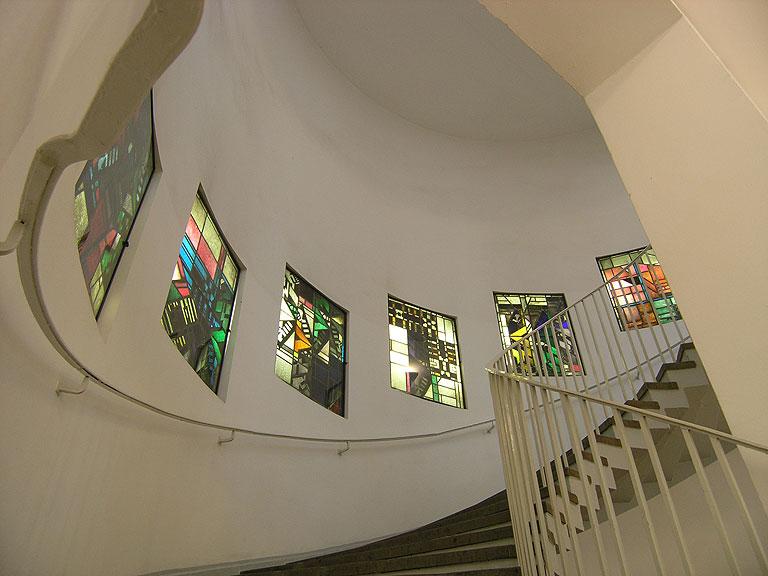 060209-1225-Haupttreppe