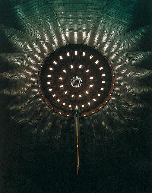 Oberhausen-1994-Gasometer-Deckenuntersicht
