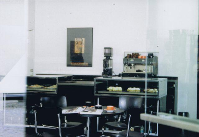 1995-sammlung-horn-cafe