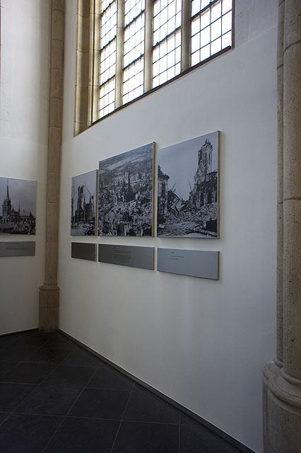 110717-0951-Wesel-Dom-Ausstellung