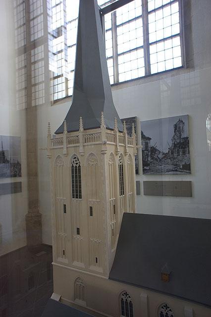 110717-0952-Wesel-Dom-Ausstellung