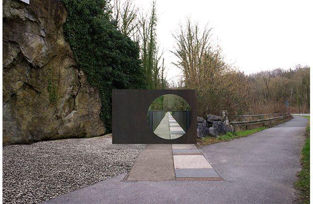 160310-Tor-zum-Fundort-Außenansicht