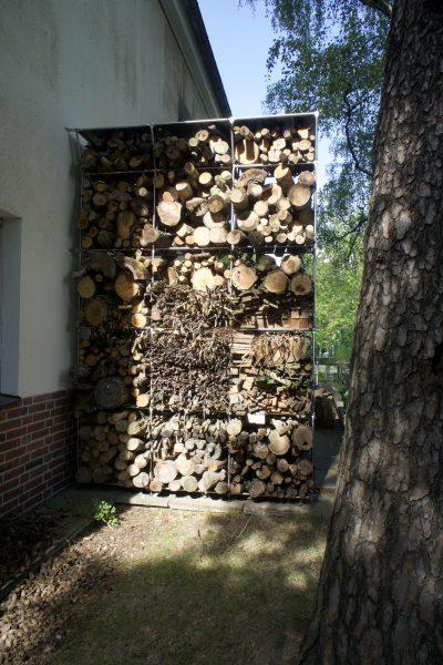 170910 1320 Heerstrasse Holzlagergestell